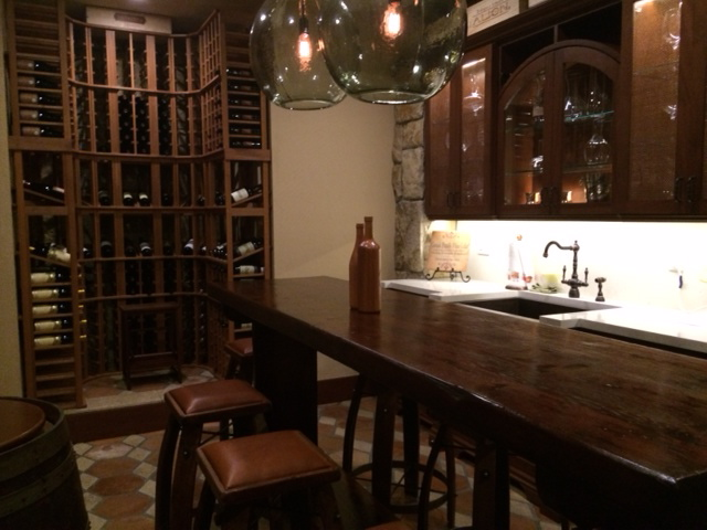 https://crowe-building.com/wp-content/uploads/2018/02/wineroom.jpg